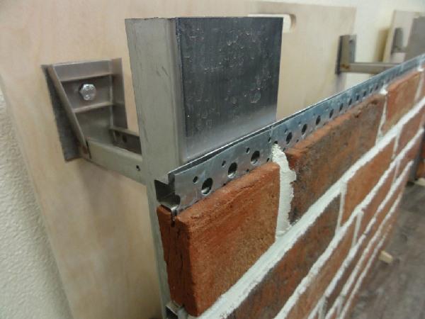 Клинкерная плитка на металлическом венткаркасе